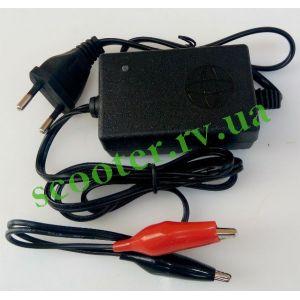 Зарядное устройство 12V 1.0A импульсное TMMP